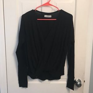 Abercrombie & Fitch black vneck sweater